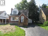 Photo 3 bedroom house for sale at 6 Buckingham...
